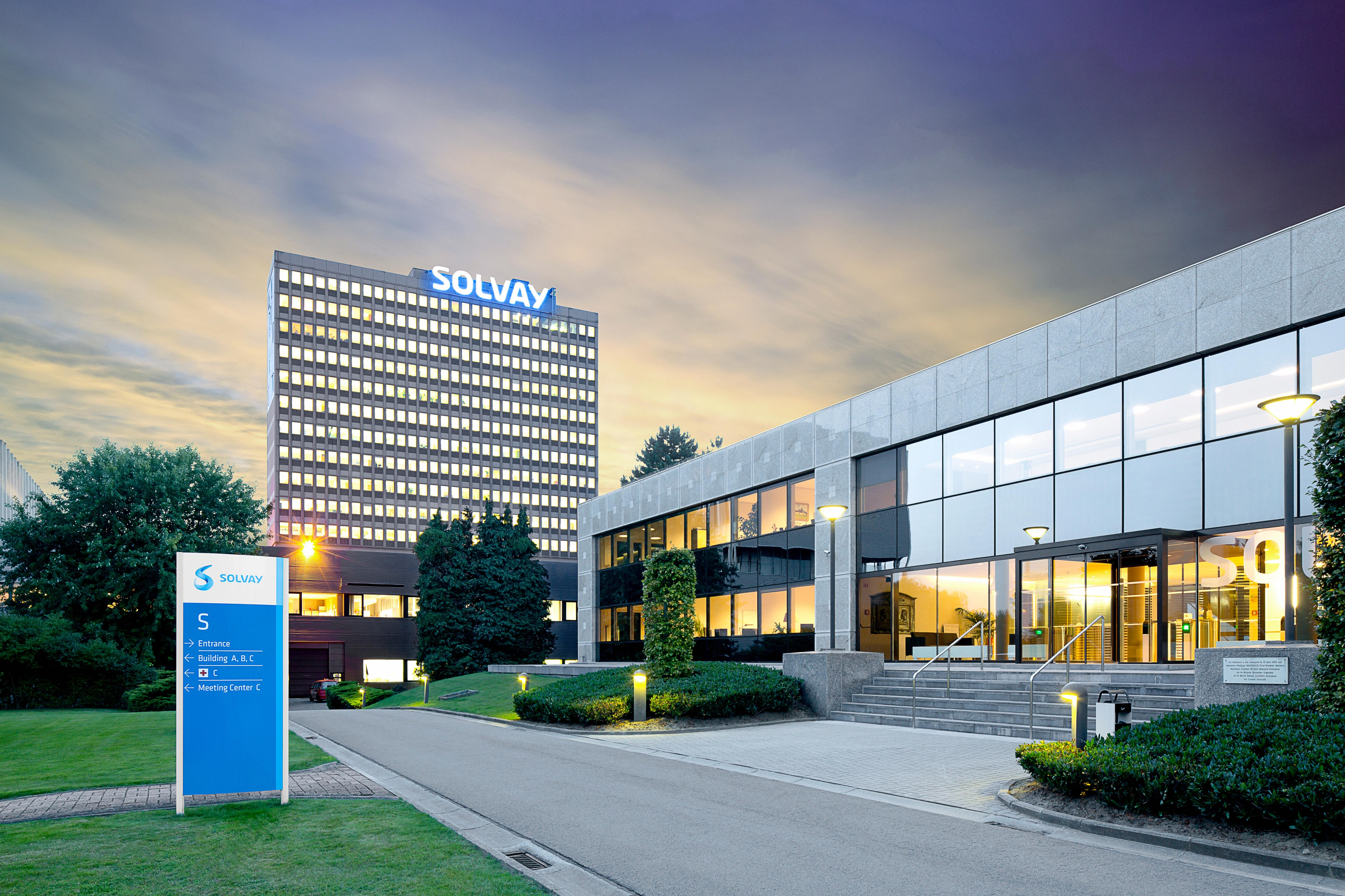 Solvay's-polymers-division-helps-fuel-profit-rise
